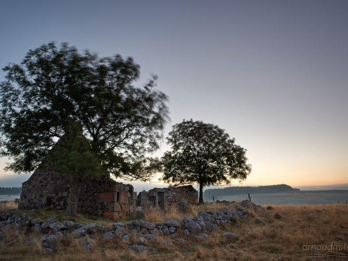 Buron ruiné vers Sogno Verdo, Marchastel, Lozère, Septembre