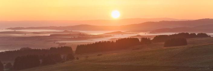 Lever de soleil vers Montorzier, Septembre