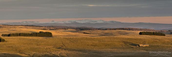 Du buron de la Palle au Cantal, Aurelle Verlac, Aveyron, NovembreDu buron de la Palle au Cantal, Aurelle Verlac, Aveyron, Novembre