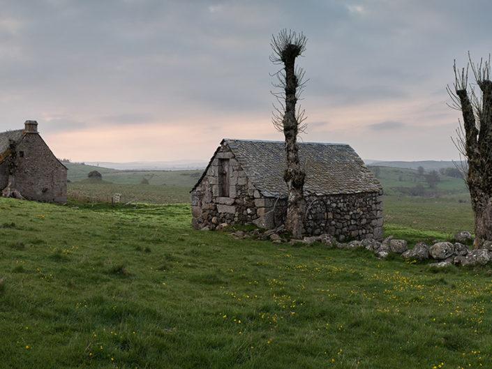 Buron de Montplot, Saint Urcize, Cantal, Mai