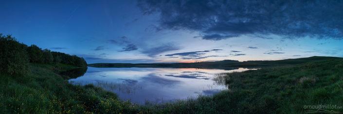 Lac des Moines, Saint Chély d'Aubrac, Aveyron, Juin