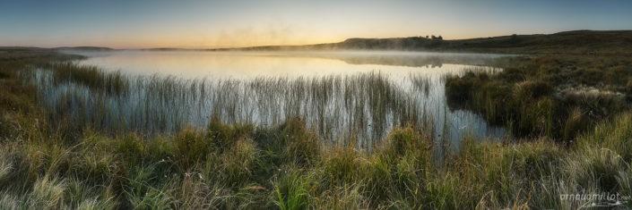 Lac de Saint Andéol au lever du soleil, Marchastel, Lozère, Septembre