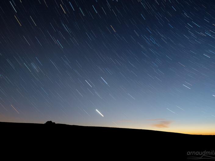 Filé d'étoiles au buron du Trap Haut, Aurelle-Verlac, Aveyron, Juin