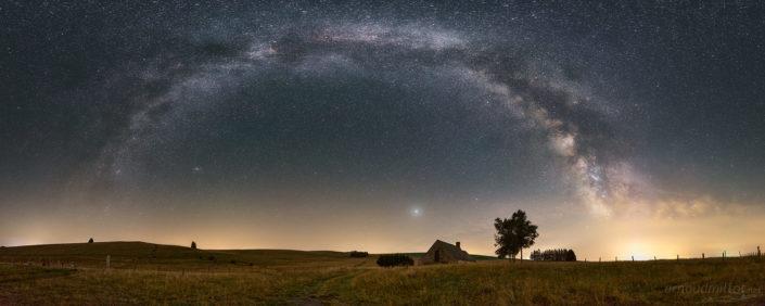 Buron et Voie Lactée, Août