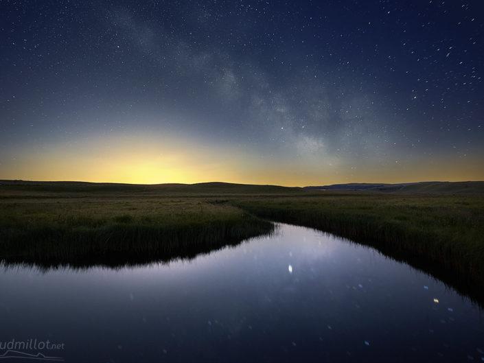 Ruisseau des Plèches sous la Voie Lactée, Nasbinals, Lozère, Juin