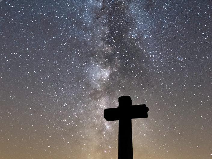 Croix des Trois Evêques, Saint Chély d'Aubrac, Aveyron, Août
