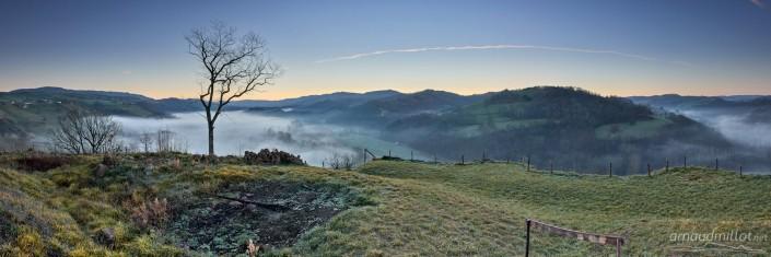 Depuis le château de Beaucaire, Nauviale, Aveyron, Décembre