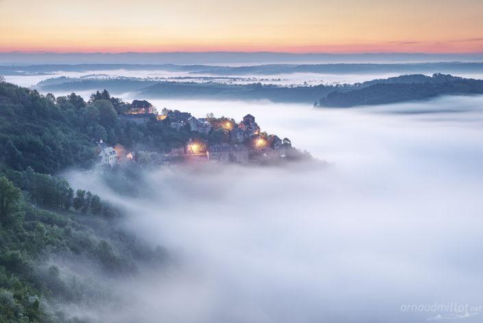 Cassagnes Comtaux, Goutrens, Aveyron, Mai