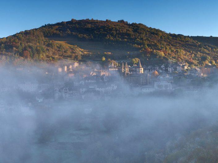 Conques depuis Bancarel, Aveyron, Octobre