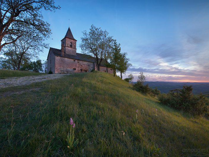 Chapelle de Saint Jean le Froid, Mouret, Aveyron, Mai