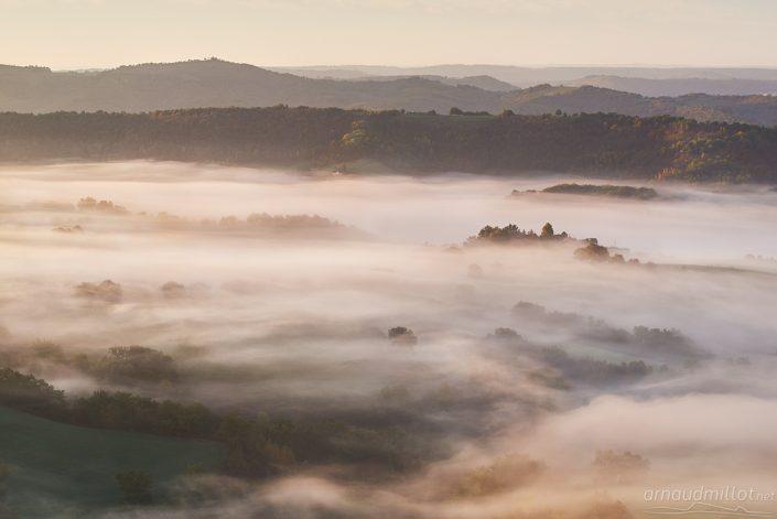 Vallée du Duzou, Saint Cyprien sur Dourdou, Aveyron, Octobre